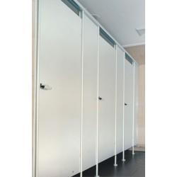 LA18 WC-fülke
